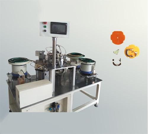 陈江碳片铆脚自动组装机_倍速链流水线